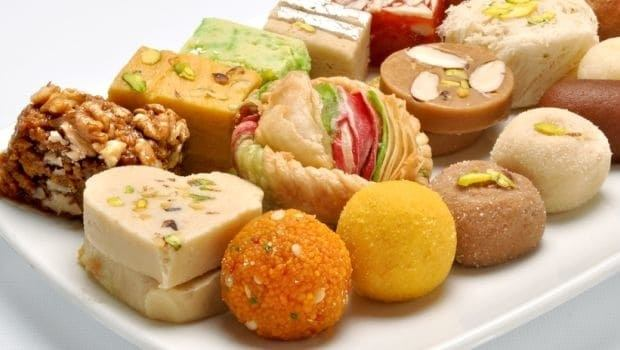 Limit eating sweets to lose belly fat for teenage girls