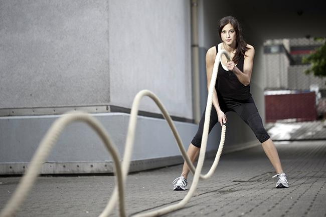 Exercises with many calorie-burning ropes