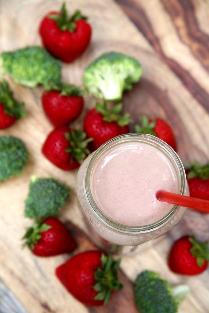 Strawberry soup of cauliflower
