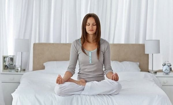 Practicing abdominal breathing before going to sleep helps reduce fat