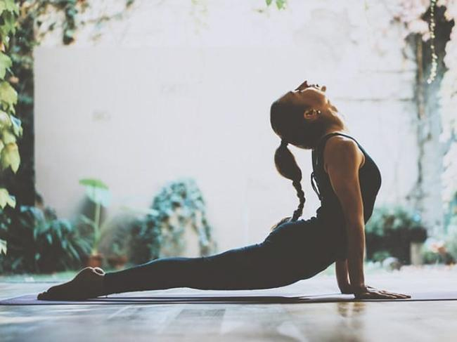 So doing yoga can help you lose belly fat and thereby help you lose weight effectively.