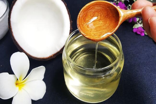 Preserving coconut oil