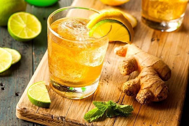 Detox lemon and ginger