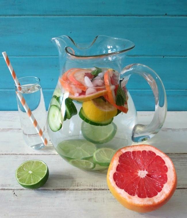 Lemon and grapefruit detox drink