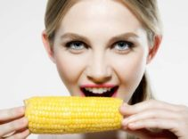 Eating Corn Boiled With Fat? Why Do Many People Choose Corn to Lose Weight?