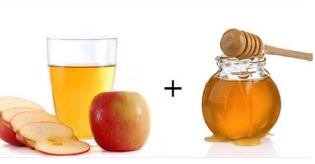 Drink recipe of honey and apple cider vinegar effectively reduce belly fat in 7 days.