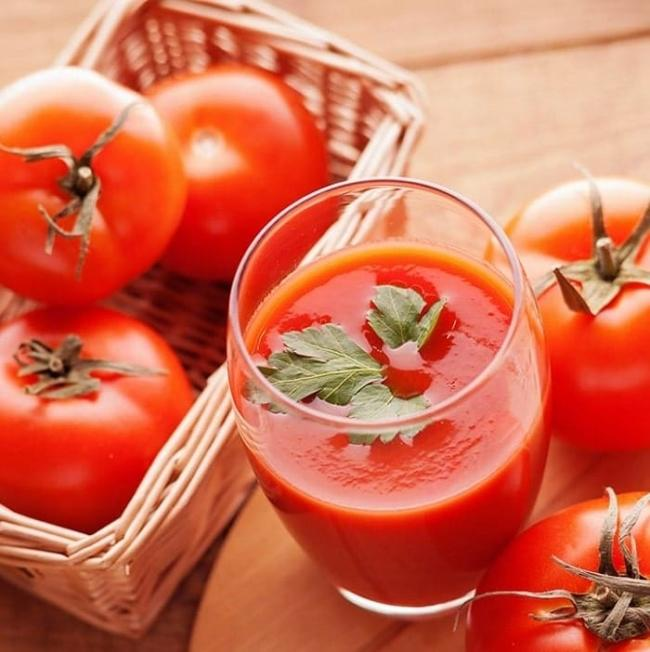 Lose weight with tomato juice