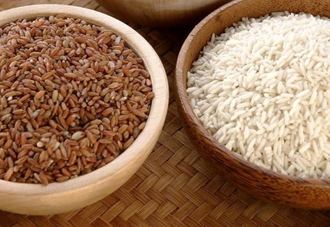 Brown rice is abundant in fiber and certain vitamins and minerals than white rice;thus helping you lose weight more effectively.