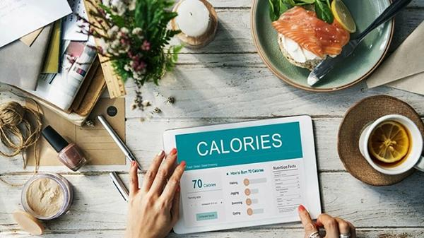 How many calories do you need to eat to gain weight fast in 1 week?