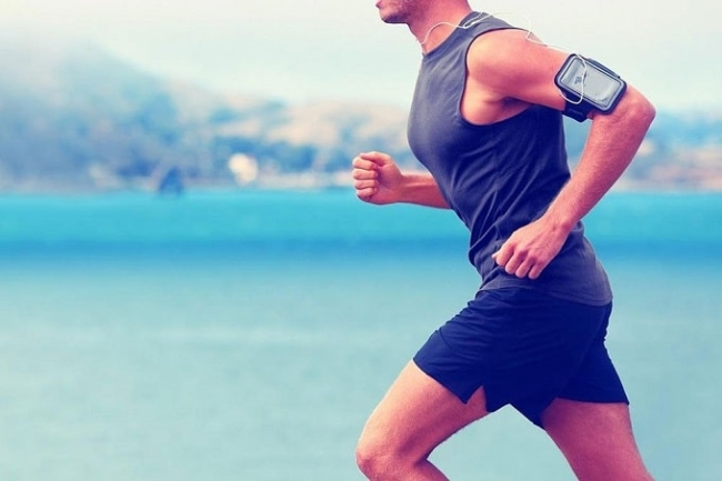 Form of exercise: jogging, jumping, cardio movements, ...