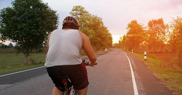 Does cycling help with weight loss?