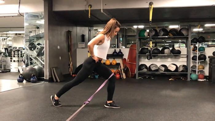 Banded split squat