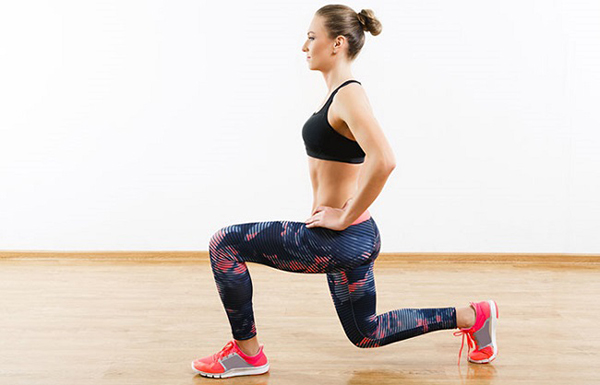 Lunge Hold - Right