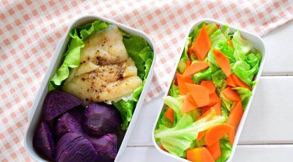 How to make purple sweet potato bento + halibut + sauteed cabbage with carrot