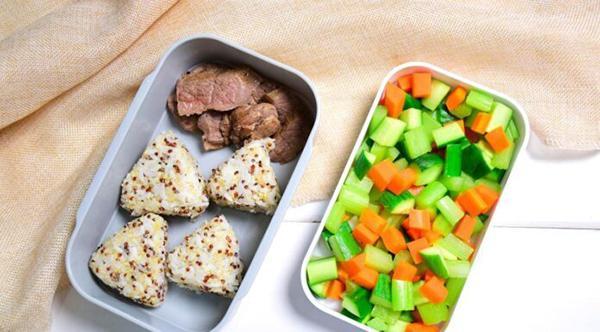 How to make bento rice ball quinoa + beef + stir-fried vegetables