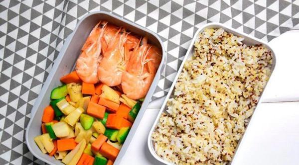 How to make quinoa rice + boiled shrimp + stir-fried vegetables