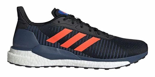 Terrain running shoes Enhance comfort for long hiking trips.